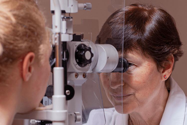 lehet-e helyreállítani a látást? rövidlátás 40 évesen